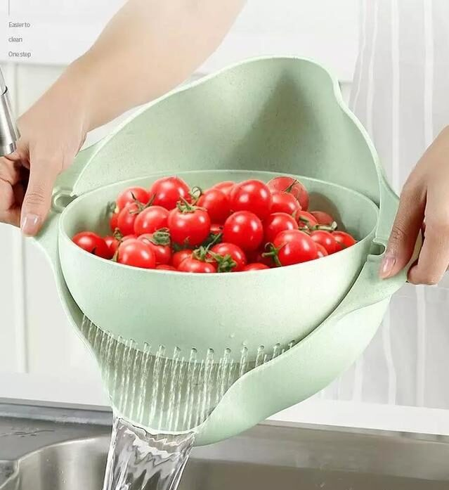 2-in-1 Multifunction Kitchen Strainer and Bowl - A great kitchen tool for cleaning vegetables